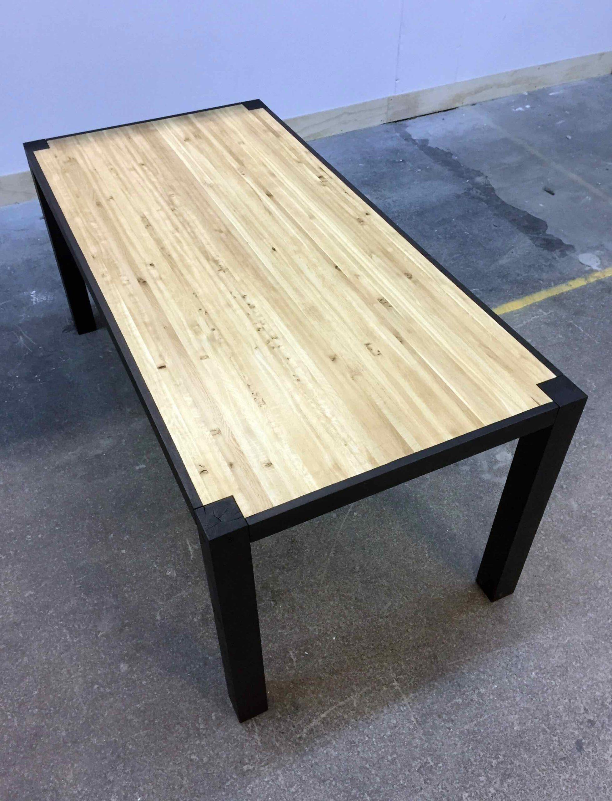 eettafel hout staal