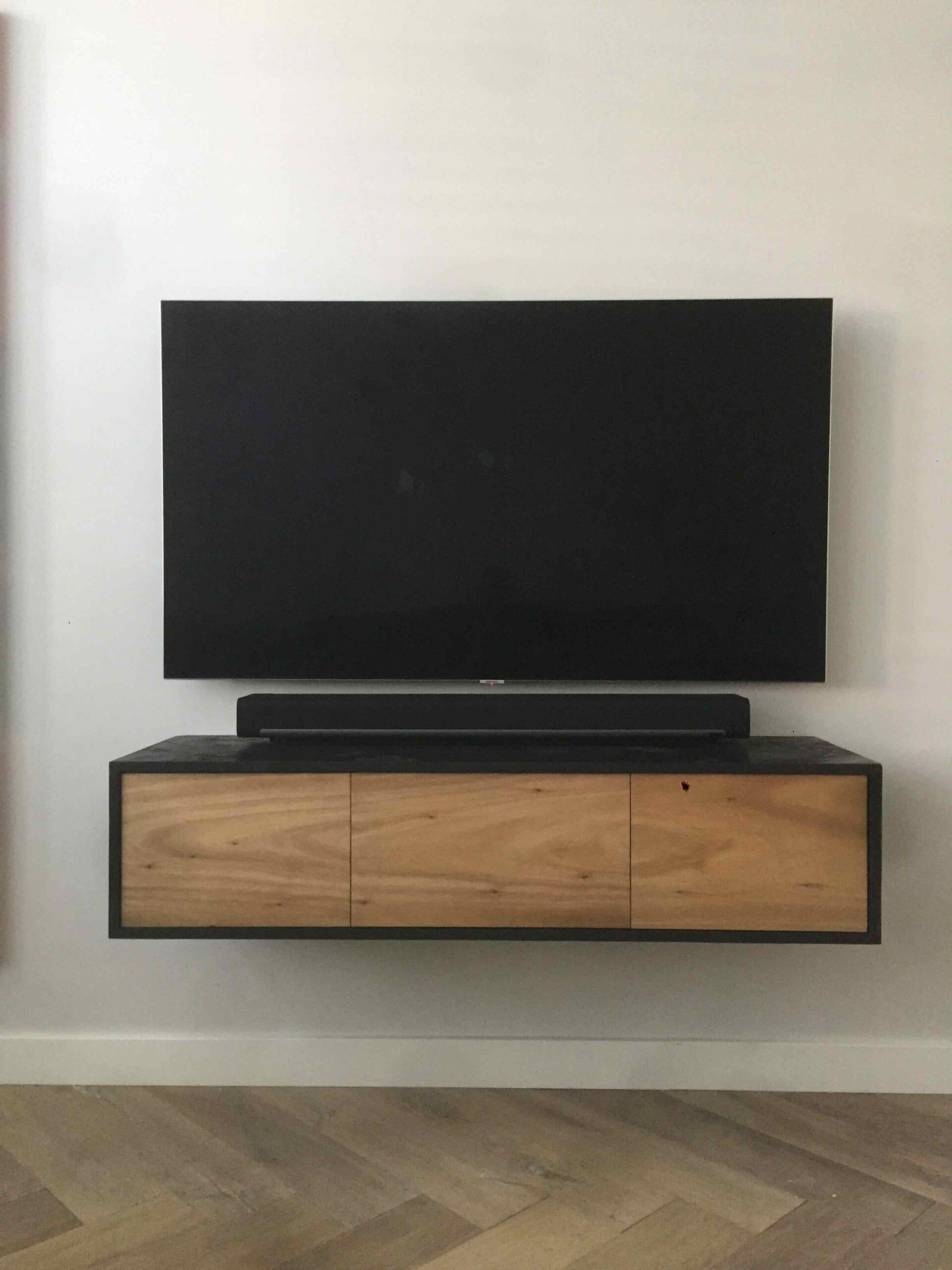 zwevend tv meubel eikenhout